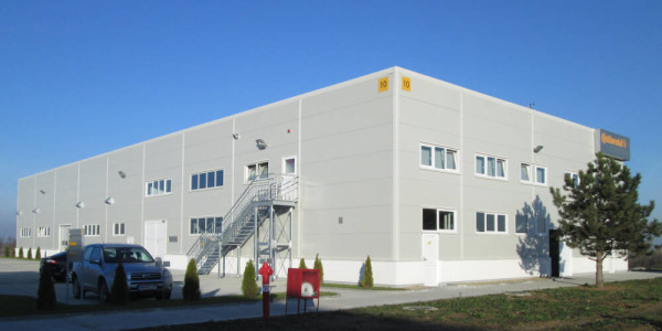 Production hall with accompanying offices and auxiliary rooms with a total area of  8000 sqm